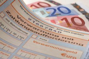Bußgelder, die vom AG übernommen werden, sind Teil des Lohnes.